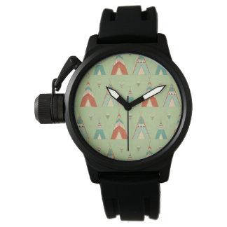 Montres Bracelet Motif vert de Teepee d'étape | de Geo de sud-ouest