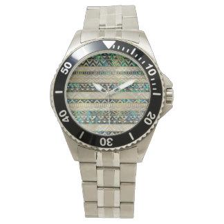 Montres Bracelet Or ethnique tribal de motif sur la perle de Shell