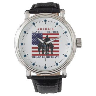 Montres Bracelet Terre de soldats de drapeau des Etats-Unis de