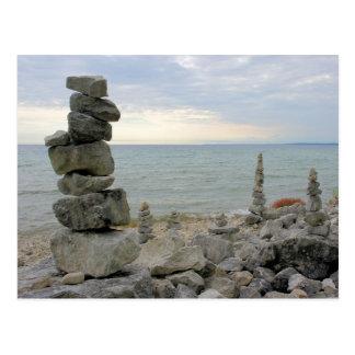 Monuments de roche de l'île de Mackinac, MI - Carte Postale