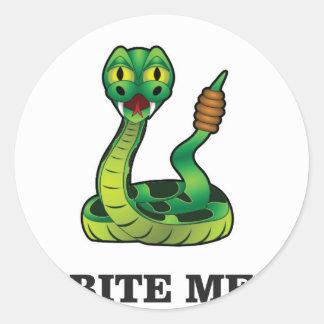 mordez-moi serpent sticker rond