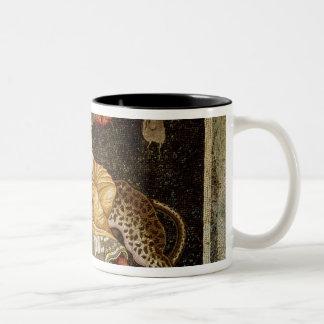 Mosaïque de Dionysus montant une ANNONCE du léopar Tasses À Café