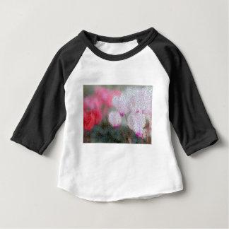 Mosaïque de fleurs de cyclamen t-shirt pour bébé