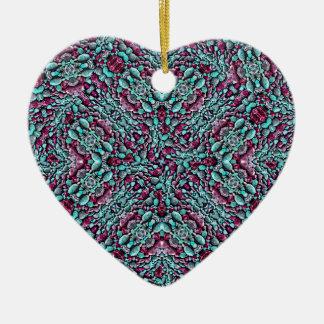 Mosaïque stylisée de motif de texture ornement cœur en céramique