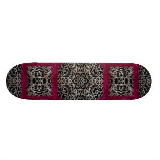 Mosaïque Veiny blanche noire gothique de Fuschia Plateaux De Skate