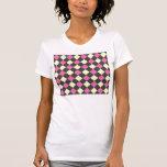Motif à motifs de losanges jaune rose sur le noir t-shirt