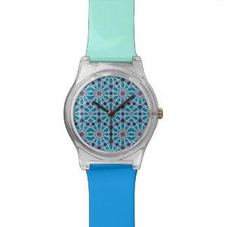 Motif abstrait dans bleu et gris montres cadran