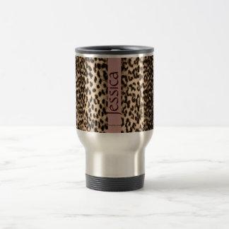 Motif animal, brun, rose, monogramme mug de voyage