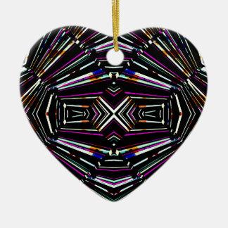 Motif audacieux pointu ethnique foncé ornement cœur en céramique