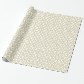 Motif blanc beige #5 de Quatrefoil de Marocain de Papiers Cadeaux