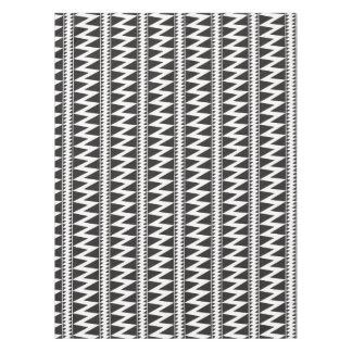 Motif blanc de triangle de noir indien de zigzag nappe