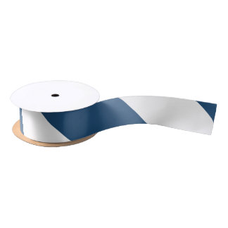 Motif blanc moderne de rayures de bleu marine ruban en satin