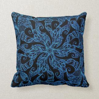 Motif bleu, ornemental, ethnique, coussin