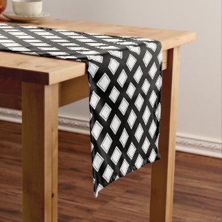 Motif Checkered noir et blanc Chemin De Table Court