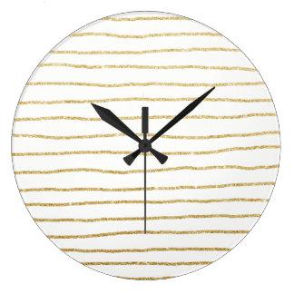 motif clair élégant de rayures d'or grande horloge ronde
