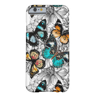 Motif coloré de croquis de papillons floraux coque iPhone 6 barely there