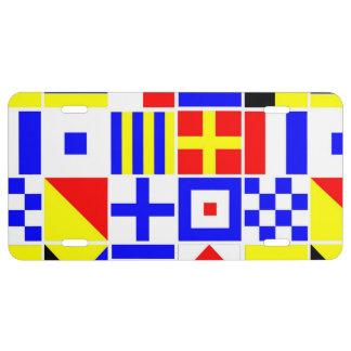 Motif coloré de drapeaux de signal nautique