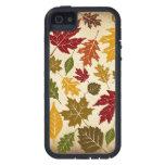 Motif coloré de feuille d'arbre d'automne coque iPhone 5