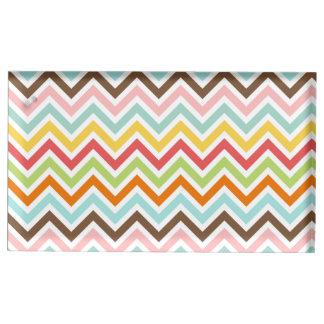 Motif coloré de rayures de zigzag de Chevron Porte-carte De Table