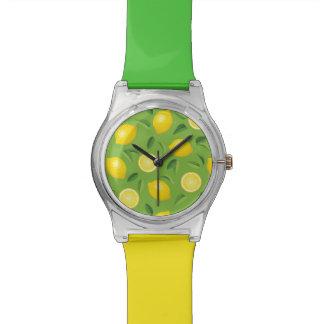 Motif d'arrière - plan de citrons montres