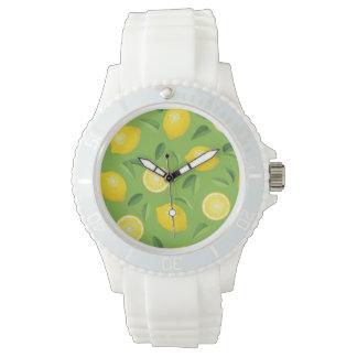 Motif d'arrière - plan de citrons montres bracelet