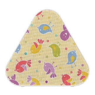 Motif de bébé avec les oiseaux mignons haut-parleur bluetooth