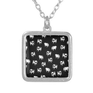 Motif de chien de carlin pendentif carré