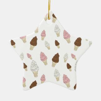 Motif de cornet de crème glacée ornement étoile en céramique