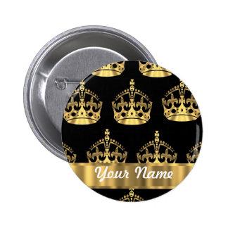 Motif de couronne d'or sur le noir badge avec épingle