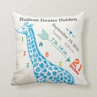 Motif de flèche de girafe de stat de naissance de coussins carrés