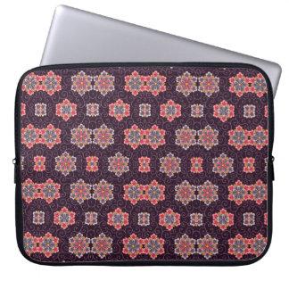 Motif de fleur coloré sur le pourpre foncé trousse pour ordinateur portable