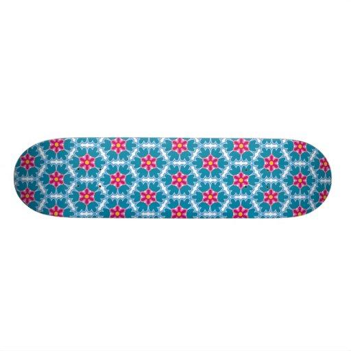 Motif de fleur de chinois traditionnel skateboards