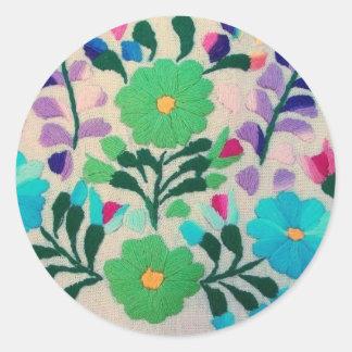 Motif de fleurs coloré adhésif rond