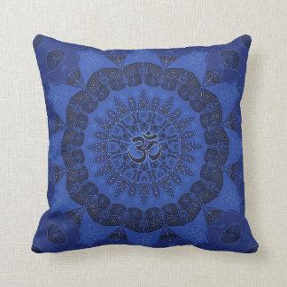 Motif de namaste de yoga de marine de motif de coussin