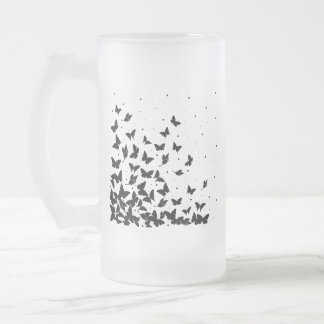 Motif de papillon frosted glass beer mug