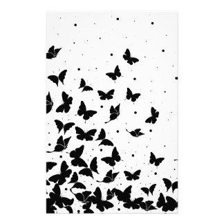 Motif de papillon papier à lettre personnalisable