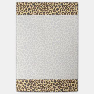 Motif de peau d'animal d'empreinte de léopard