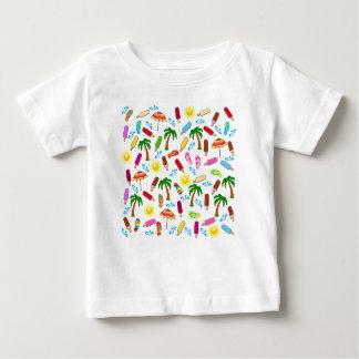 Motif de plage t-shirt pour bébé
