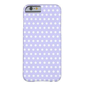 Motif de point lilas et blanc de polka. Tacheté Coque iPhone 6 Barely There