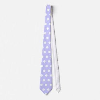 Motif de point lilas et blanc de polka. Tacheté Cravates