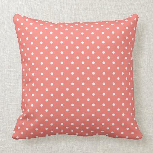 motif de point rose blanc et de corail de polka oreiller zazzle. Black Bedroom Furniture Sets. Home Design Ideas