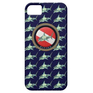 motif de requin de drapeau de plongée étuis iPhone 5