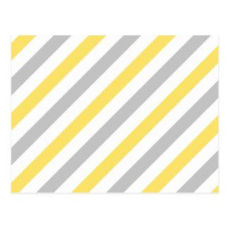 Motif diagonal gris et jaune de rayures carte postale