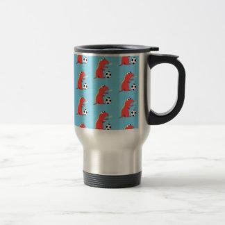 Motif drôle bleu du football de dinosaure de bande mug de voyage