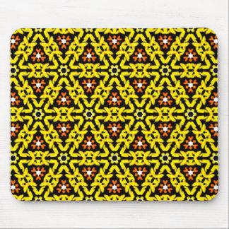 Motif en filigrane jaune et orange de fantaisie de tapis de souris