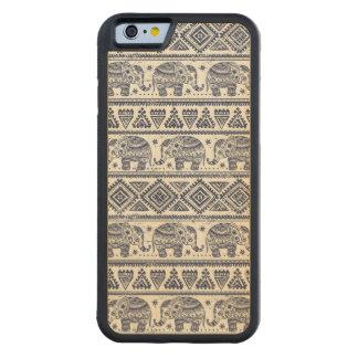 Motif ethnique bleu d'éléphant coque iPhone 6 bumper en érable