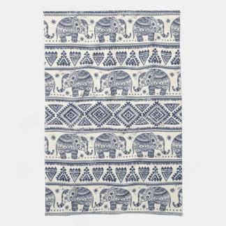 Motif ethnique bleu d'éléphant linge de cuisine