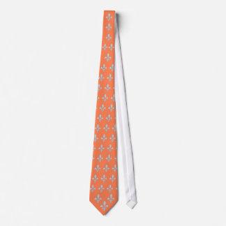Motif Fleur-De-lys blanc sur la cravate de corail