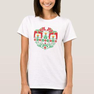 Motif floral de gens de cheval de Dala de Suédois T-shirt