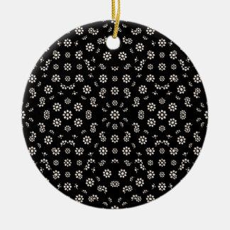 Motif floral écervelé foncé ornement rond en céramique